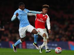 Javairô Dilrosun (l.) gehört zu den vielversprechendsten Talenten von Manchester City