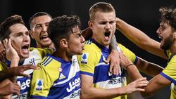 Die Juventus-Profis bejubeln den knappen Sieg gegen Spezia