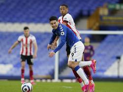 James en una acción de la Premier con el Everton.
