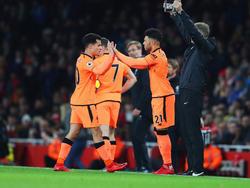Bild mit Symbolcharakter? Coutinho macht Platz für Alex Oxlade-Chamberlain
