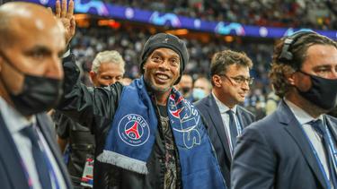 Ronaldinho besuchte die Champions-League-Partie zwischen PSG und RB Leipzig