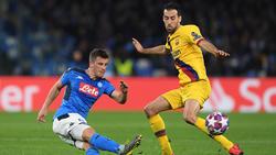 Nápoles y Barça completaron un partido feo.