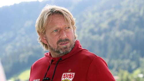 Sven Mislintat vom VfB Stuttgart rechnet mit einem großen finanziellen Verlust