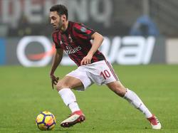 Hakan Calhanoglu hat sich beim AC Mailand durchgesetzt