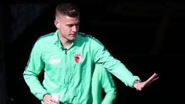 Alfred Finnbogason steht seit 2016 beim FCAugsburg unter Vertrag