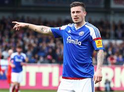 Mit Kiel womöglich bald in Liga zwei unterwegs: Steven Lewerenz