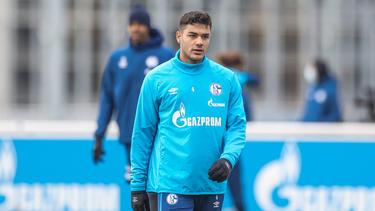 Der AC Mailand soll Interesse an Ozan Kabak vom FC Schalke 04 haben
