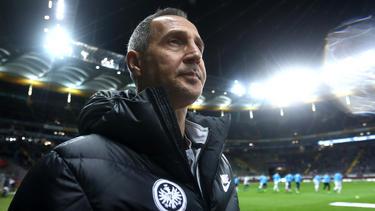 Adi Hüttler will mit Eintracht Frankfurt alle Gruppenspiele gewinnen