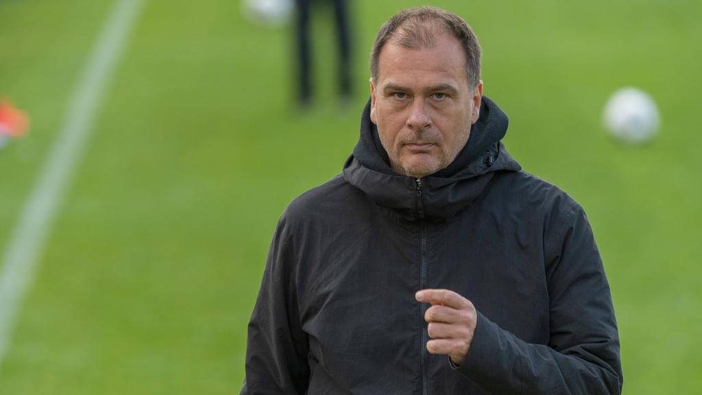 Klaus Filbry von Werder Bremen hofft auf eine Fortsetzung der unterbrochenen Saison