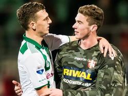 Vorig seizoen speelden Yoëll van Nieff (l.) en Robin Gosens (r.) met elkaar bij FC Dordrecht, maar inmiddels is Van Nieff teruggekeerd bij FC Groningen. (20-12-2014)