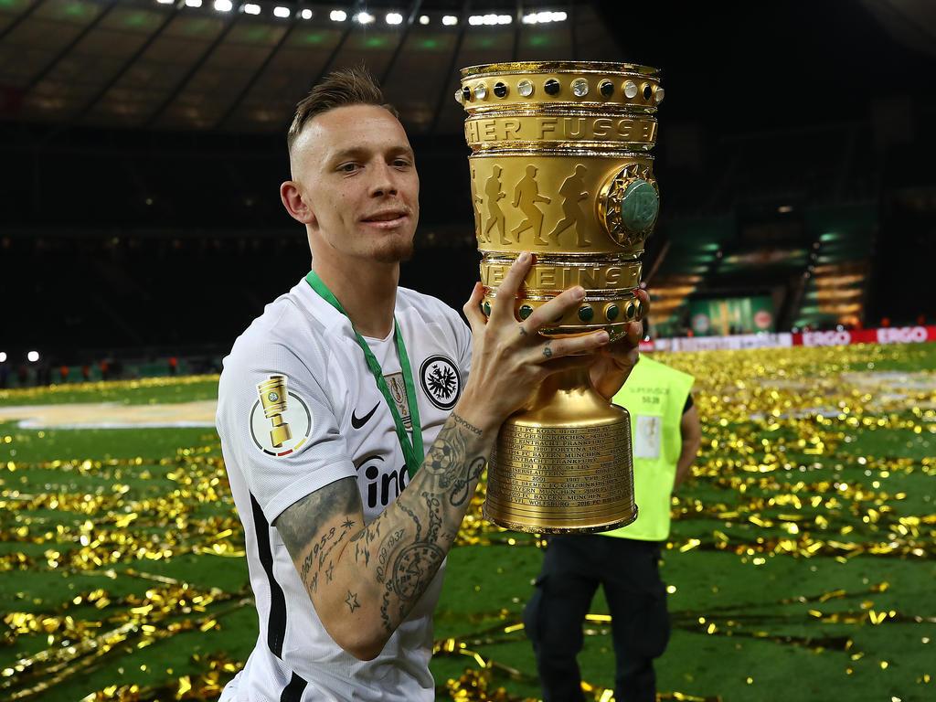 Marius Wolf gewann mit Eintracht Frankfurt den DFB-Pokal