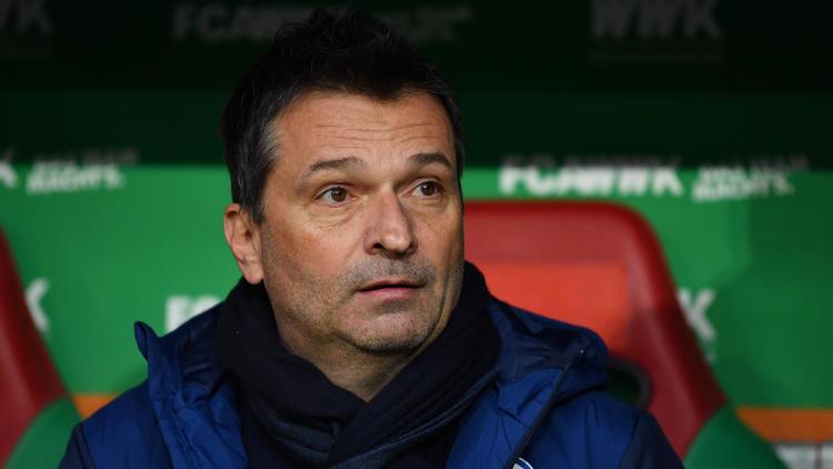 Schalke-Manager Christian Heidel sieht sich Kritik ausgesetzt