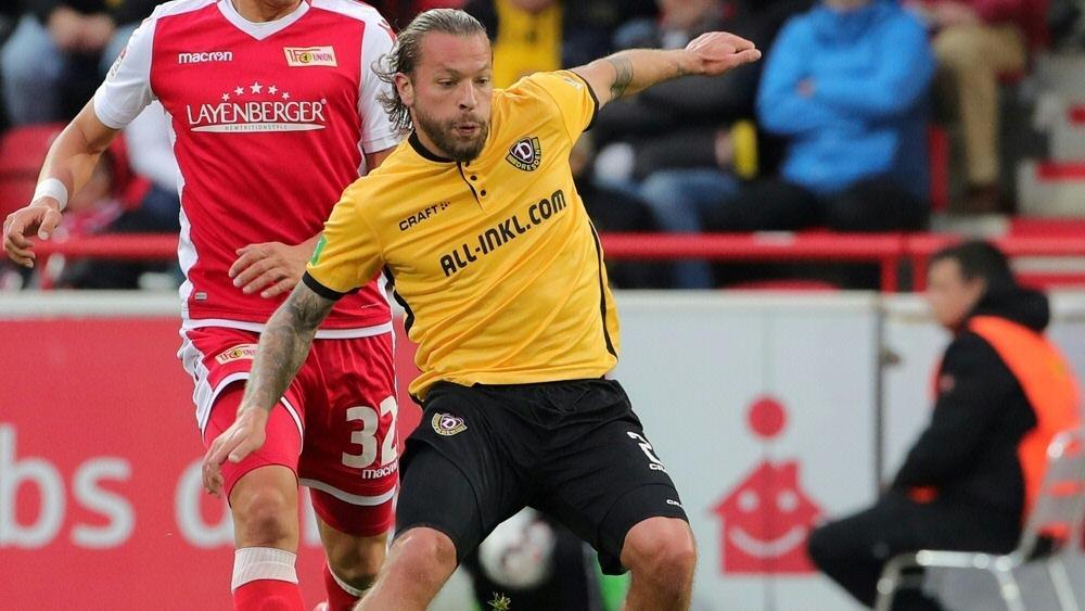 Patrick Ebert hält Dynamo Dresden die Treue