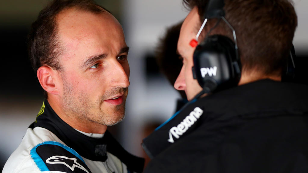 Robert Kubica fällt vor allem am Sonntag regelmäßig weit zurück