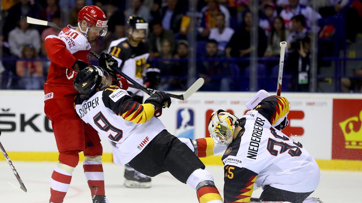 Die deutsche Eishockey-Nationalmannschaft musste gegen Dänemark lange kämpfen
