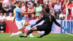 Leroy Sané musste nach wenigen Minuten gegen Liverpool vom Platz