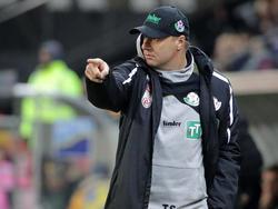 WSG-Coach Thomas Silberberger darf am Donnerstag mit seinem Team wieder auf den Platz