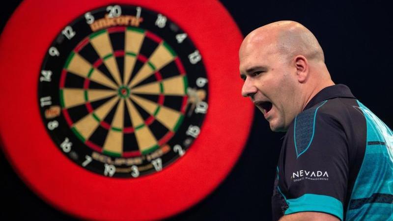 Teilnahmeberechtigt bei der Darts-EM sind die 32 besten Spieler des Jahres auf der European Tour