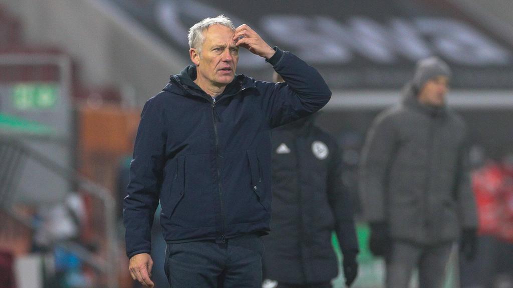 Christian Streich spielte mit dem SC Freiburg 1:1 in Augsburg