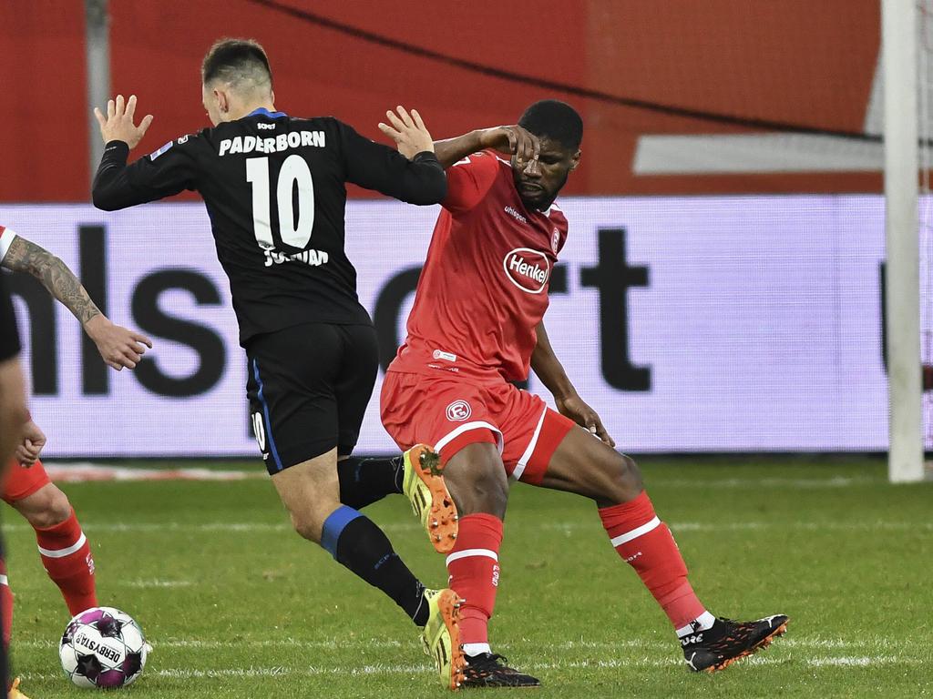 Kevin Danso (r.) nähert sich mit Fortuna Düsseldorf den Aufstiegsplätzen