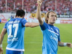 HSV-Neuzugang Halilović (r) ist der Matchwinner in Zwickau
