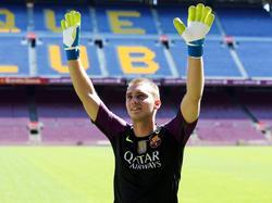 Jasper Cillessen wordt gepresenteerd in Camp Nou, het stadion van FC Barcelona. De goalie wordt door de club overgenomen van Ajax. (26-08-2016)