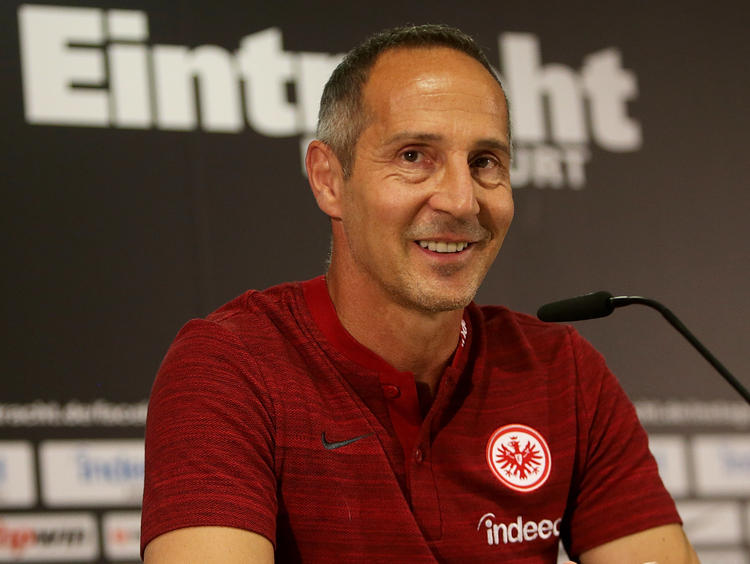 "Adi Hütter freut sich über ""Perfect Season"" in der Europa League"