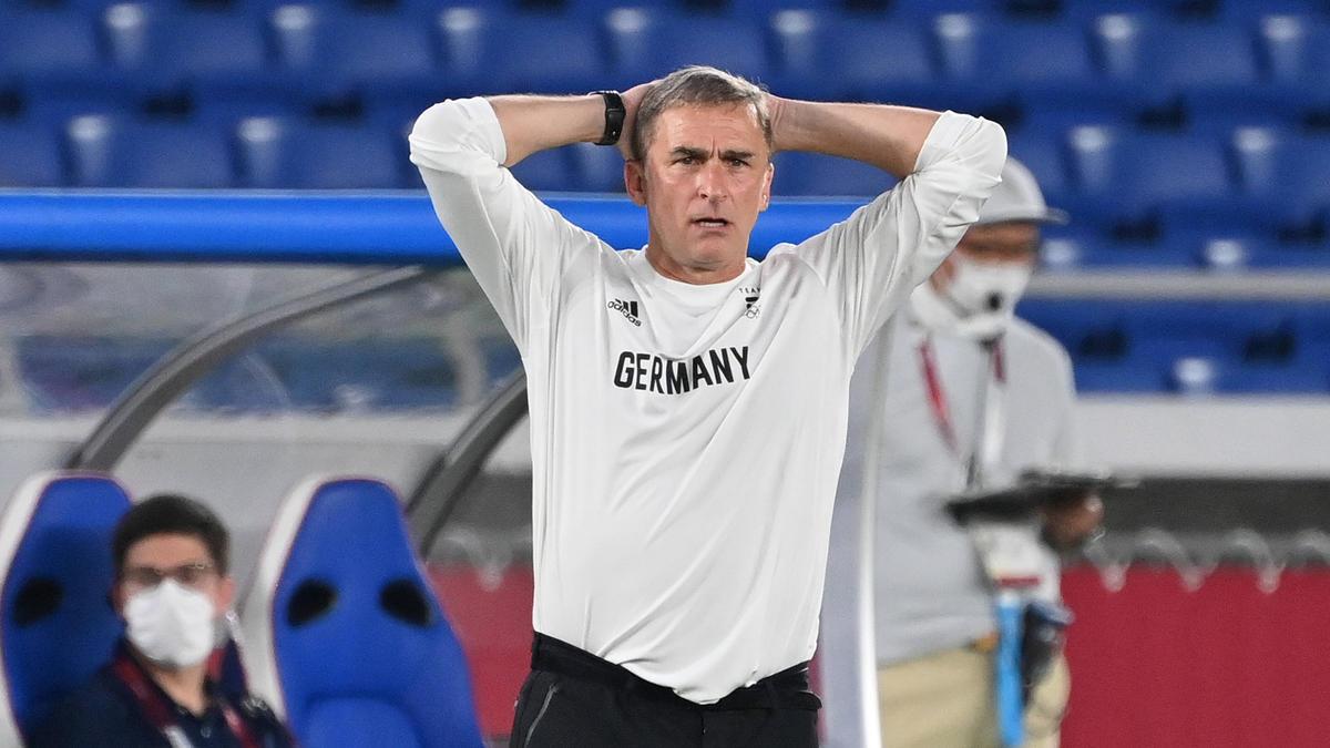 Stefan Kuntz muss mit den deutschen Fußballern die Heimreise antreten