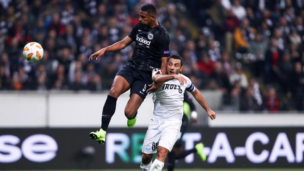 Sébastien Haller (l.) erzielte per Kopf das 2:0 für Eintracht Frankfurt