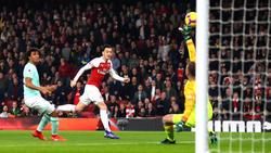 Mesut Özil stellte früh die Arsenal-Weichen auf Sieg