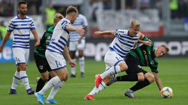 Der MSV Duisburg feiert einen Sieg gegen Münster
