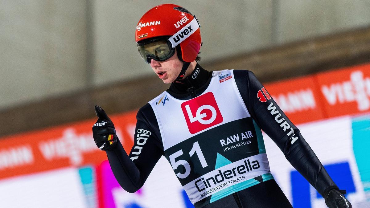 Constantin Schmid führt weiterhin in der Raw-Air-Gesamtwertung