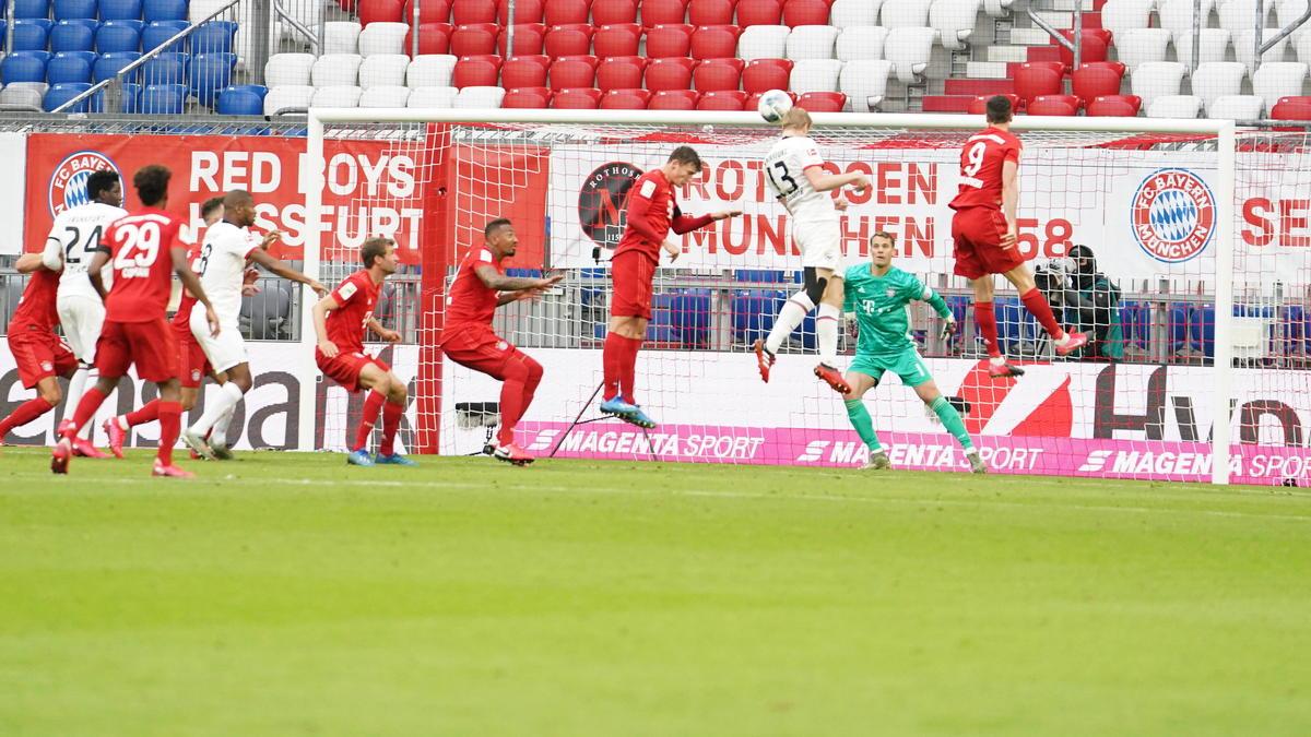 Der FC Bayern hat sich spektakulär gegen Frankfurt durchgesetzt
