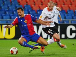 Philippe Senderos (r.) in der Europa League gegen den FC Basel