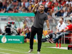 Bernd Hollerbach war mit der ersten Halbzeit seiner Kickers zufrieden
