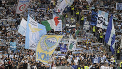 Die Lazio-Fans im Olympiastadion von Rom