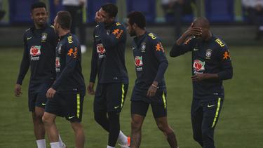 Gabriel Jesus, Arthur, Thiago Silva, Neymar y Fernandinho.
