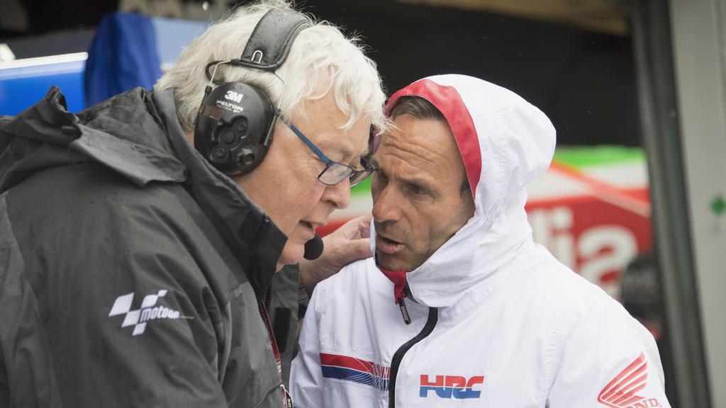 Honda-Teammanager Alberto Puig (r.) erwartet von Jorge Lorenzo volle Motivation