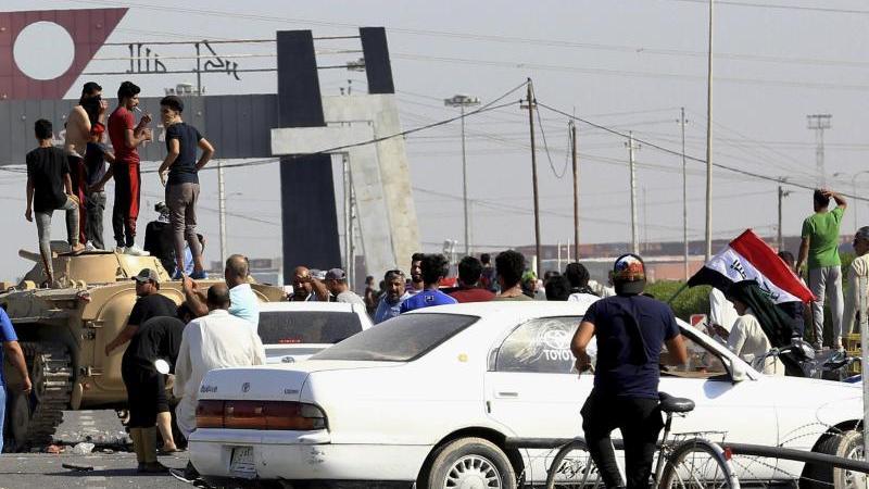 Die Sicherheitslage im Irak ist aufgrund von Massenprotesten höchst angespannt
