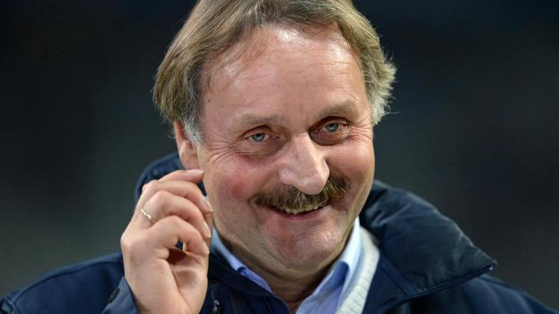 Trägt den FC Schalke 04 im Herzen: Ex-Coach Peter Neururer