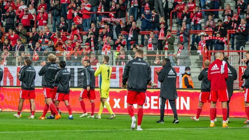 Die Fans von Union Berlin hatten im Stadion an der Alten Försterei gesungen