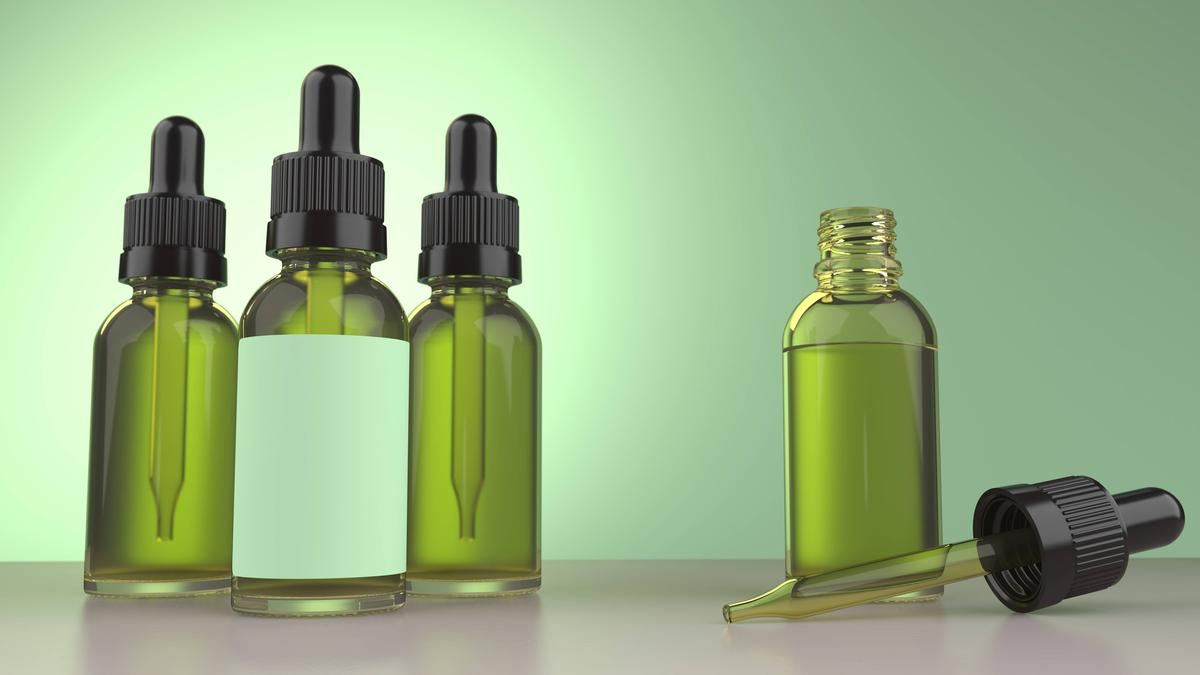 -Öl wird in Deutschland immer beliebter. Das Nahrungsergänzungsmittel hat zahlreiche positive Effekte auf den Körper.