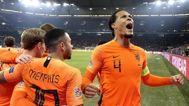 Van Dijk ha marcado en todos los partidos que disputó contra Alemania. (Foto: Getty)