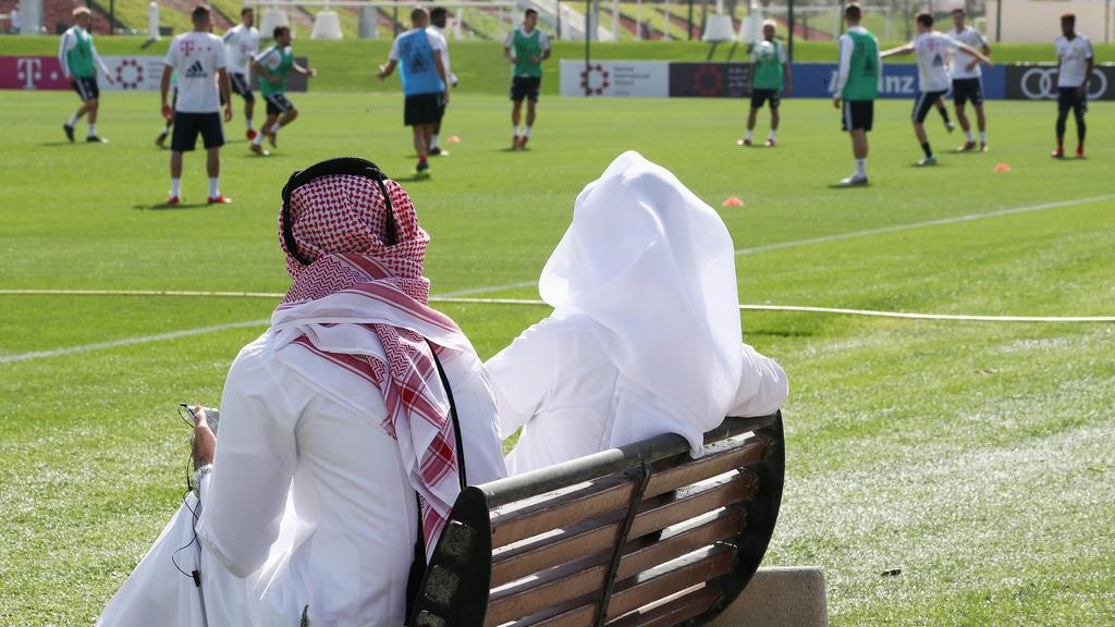 Der FC Bayern bereitet sich erneut in Katar auf die Bundesliga-Rückrunde vor