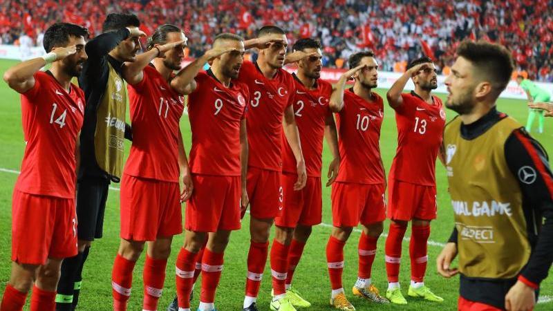Der umstrittene Torjubel der türkischen Nationalspieler