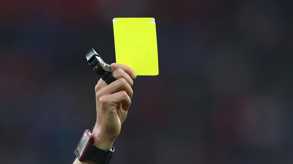 Eine zweite Gelbe Karte sorgte bei einem Kreisligaspiel nahe Darmstadt für einen Skandal