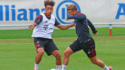 Michael Cuisance (re.) könnte den FC Bayern im Sommer verlassen