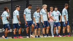 Bei Ajax hatten sich bis Juni bereits zahlreiche Teammitglieder mit dem Coronavirus infiziert