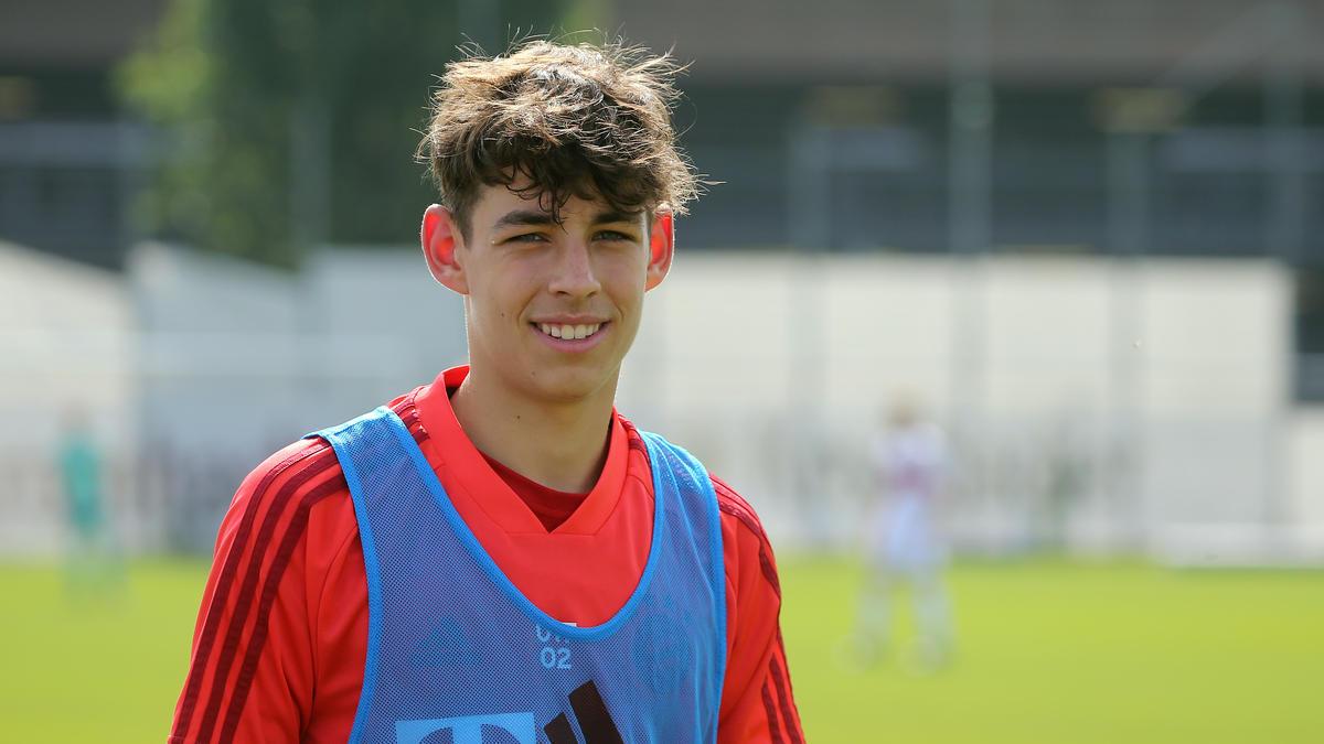 Nick Salihamidzic bleibt dem FC Bayern erhalten