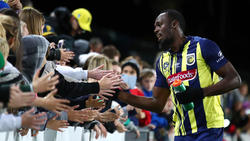 Usain Bolt strebt eine Profifußball-Karriere an
